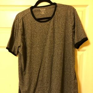 Other - Men's Mossimo T shirt